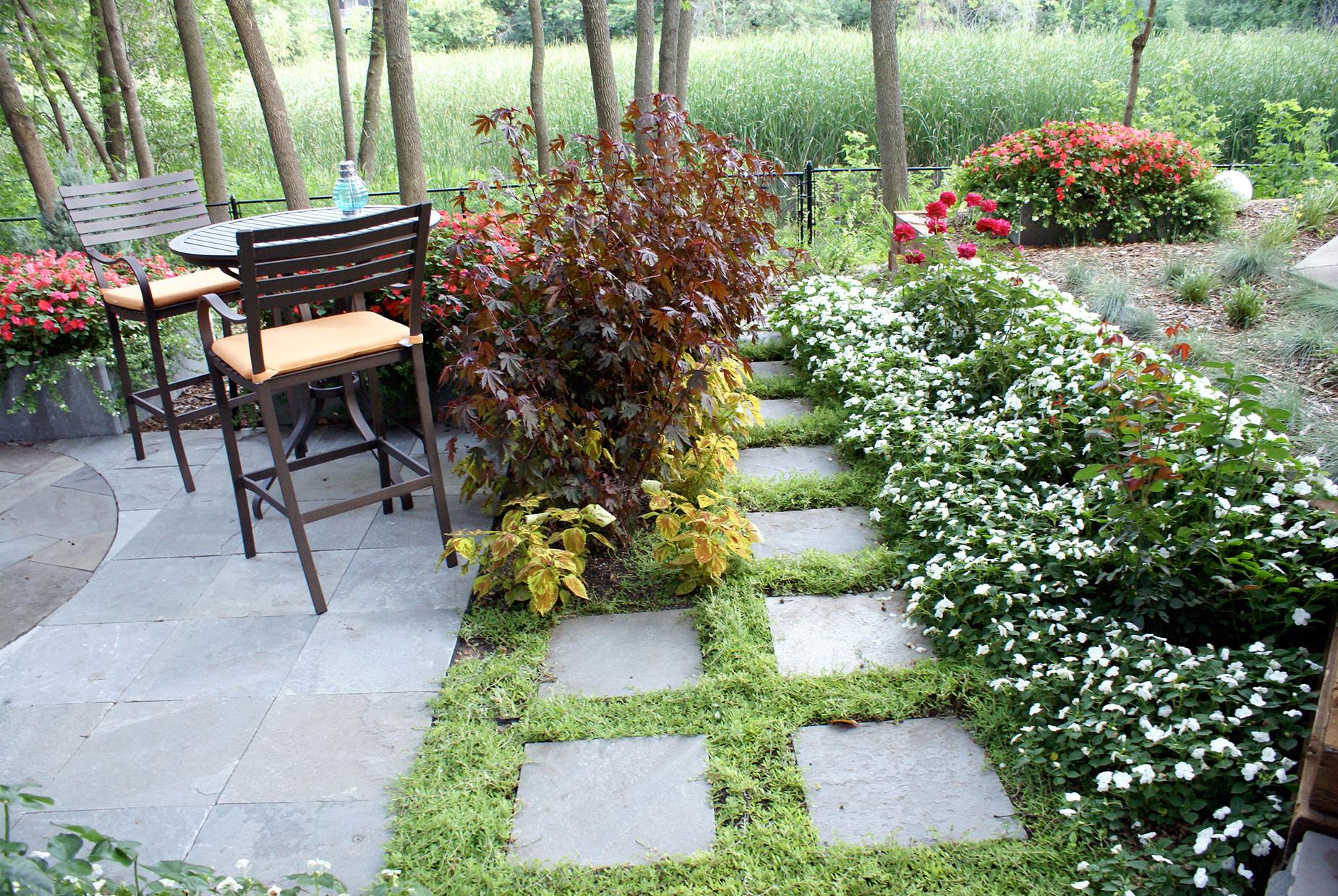 Square path through garden